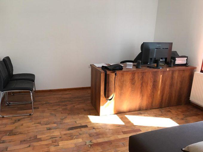 birou spatiu comercial de vanzare in zona Centrala