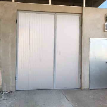 Hala/depozit/service auto de inchiriat in zona Boul Rosu