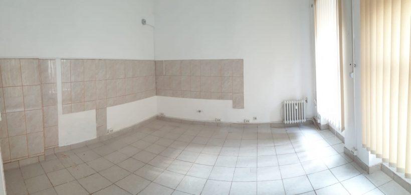 Spatiu comercial / Birou de inchiriat in zona Centrala Teatru