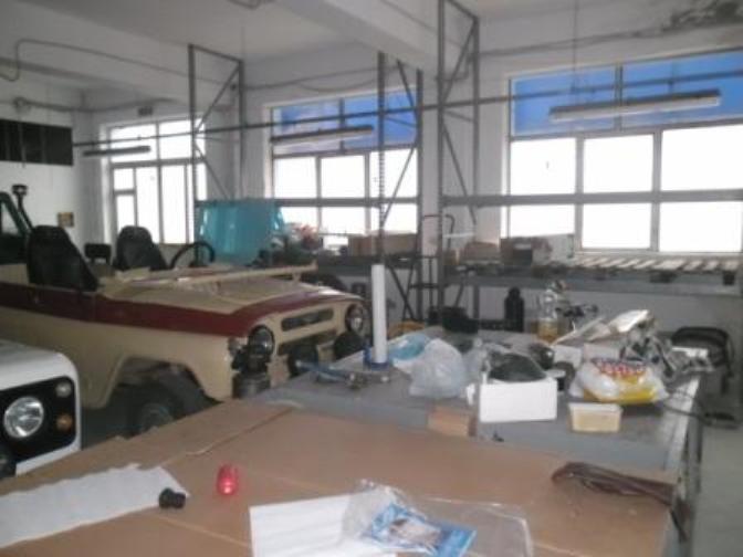 Hala industriala de inchiriat in zona Gai